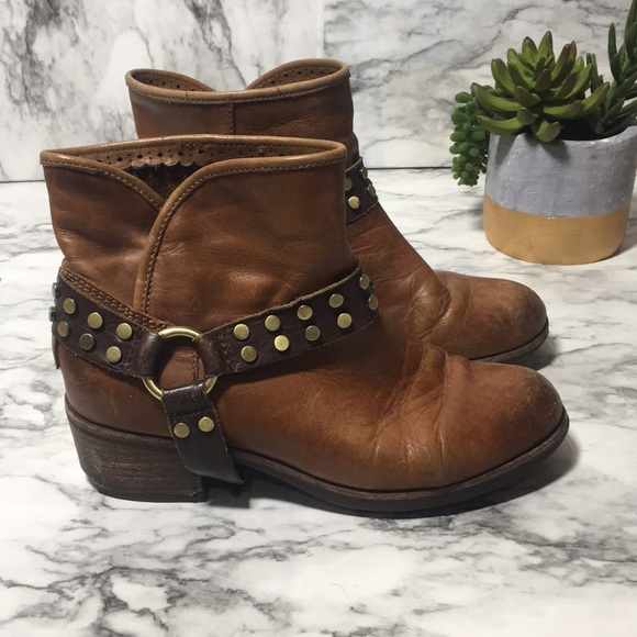 48361bed9e2 Tan leather darling ugg harness boot 6.5